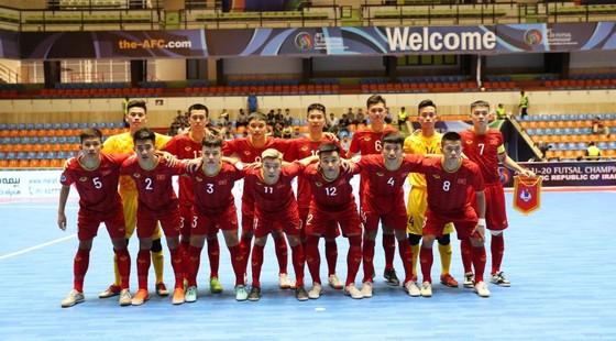 Việt Nam sớm lấy vé vào Tứ kết giải futsal châu Á 2019 ảnh 1