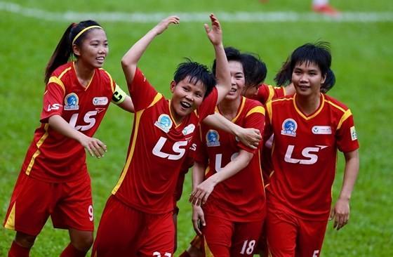 Đội TPHCM I đang dẫn đầu giải bóng đá nữ VĐQG 2019. Ảnh: Anh Trần