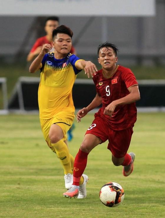 U23 Việt Nam - U18 Việt Nam 1-0: Bài kiểm tra cần thiết ảnh 1