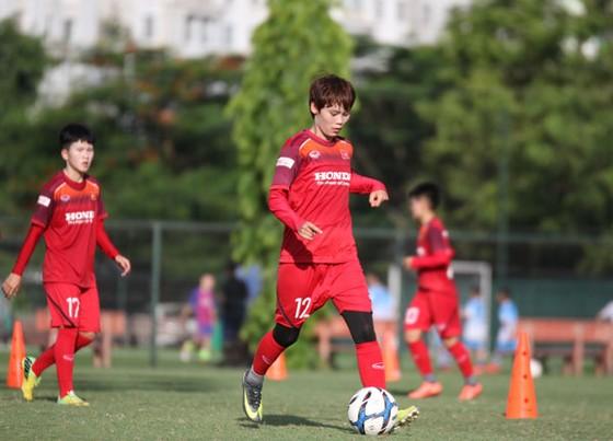 Đội tuyển nữ Việt Nam thắng TKS Việt Nam 3-1 ảnh 1