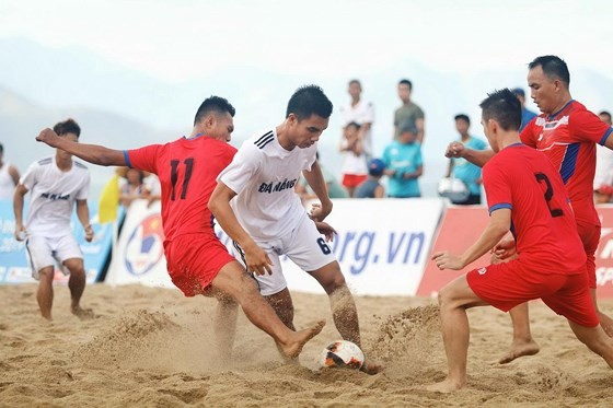 Trận chung kết giữa Đà Nẵng và Khánh Hòa. Ảnh: Anh Trần