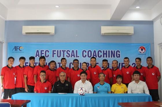 Khai giảng khóa học huấn luyện viên Futsal cấp 2 AFC ảnh 1