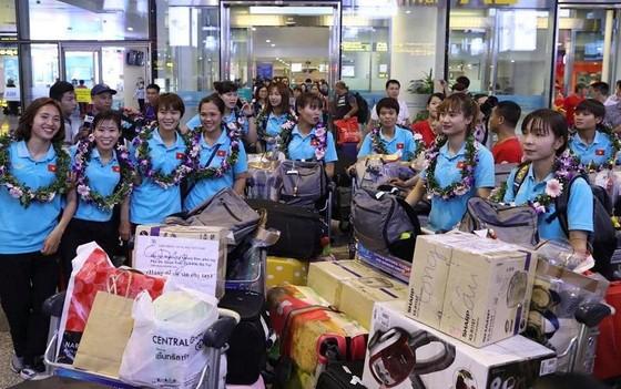 Đội tuyển nữ Việt Nam được thưởng gần 3 tỷ đồng ảnh 2