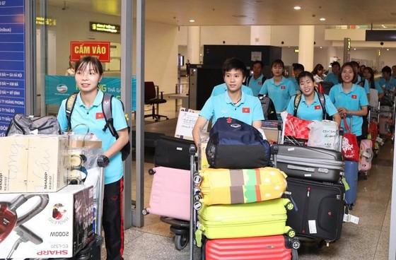 Đội tuyển nữ Việt Nam được thưởng gần 3 tỷ đồng ảnh 1