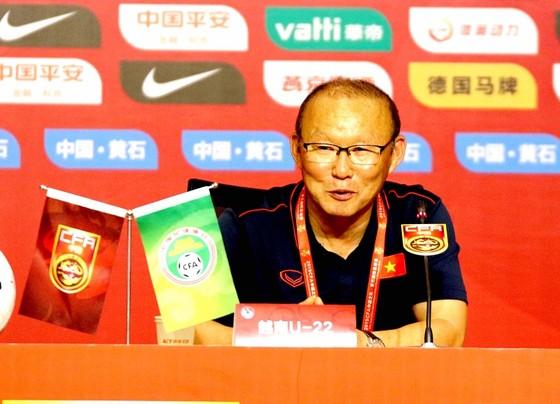 """HLV Hiddink: """"Cầu thủ Trung Quốc học được nhiều điều từ trận thua Việt Nam"""" ảnh 2"""