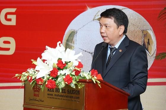 Lãnh đạo VFF cám ơn những đóng góp của BTC giải thưởng Quả bóng vàng Việt Nam  ảnh 1