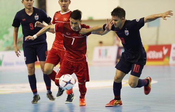 Đội tuyển futsal Việt Nam tranh chấp cùng Thái Lan ở cuộc bầu chọn lần này. Ảnh: Anh Trần