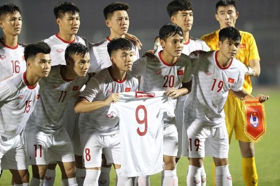 U19 Việt Nam đang dẫn đầu nhóm đội đứng nhì các bảng. Ảnh: Dũng Phương