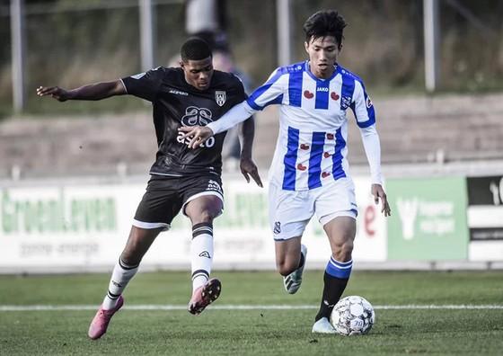 Văn Hậu được đề cử giải thưởng Cầu thủ trẻ xuất sắc châu Á 2019