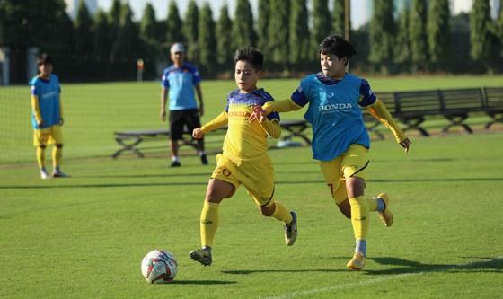 Đội tuyển nữ Việt Nam thi đấu 2 trận tập huấn đầu tiên tại Nhật Bản ảnh 1