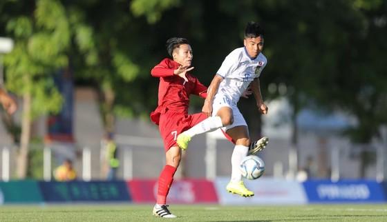 Việt Nam - Lào 6-1: Quang Hải ghi bàn thứ 6 cho đội nhà ảnh 4