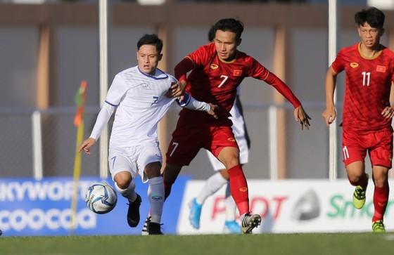 Việt Nam - Lào 6-1: Quang Hải ghi bàn thứ 6 cho đội nhà ảnh 3