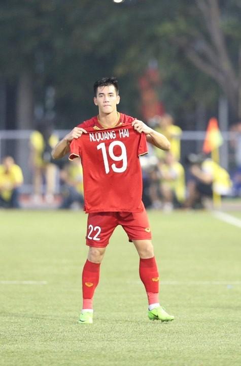 Việt Nam - Thái Lan 2-2: Việt Nam biến Thái Lan trở thành cựu vô địch  ảnh 10