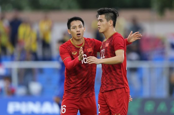 Việt Nam - Thái Lan 2-2: Việt Nam biến Thái Lan trở thành cựu vô địch  ảnh 5