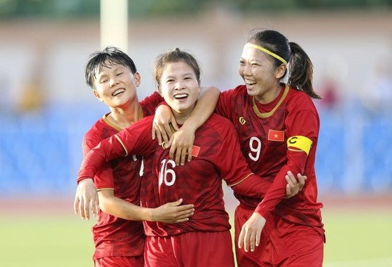 Những con số đáng nhớ của vòng bảng môn bóng đá SEA Games 30 ảnh 1