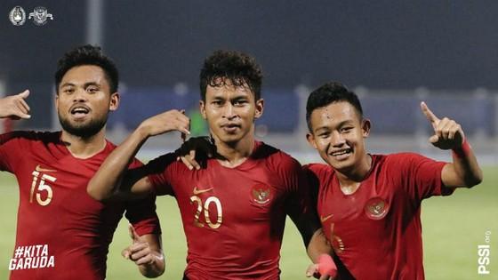 Indonesia giành vé đầu tiên vào trận chung kết