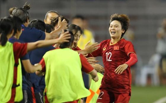 Nữ Việt Nam - Nữ Thái Lan 1-0: Bảo vệ thành công ngôi Hậu ảnh 7