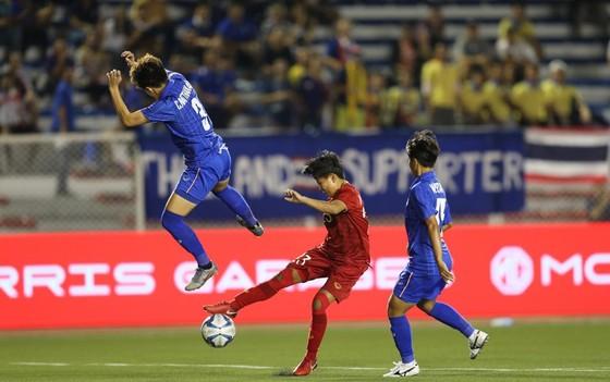 Nữ Việt Nam - Nữ Thái Lan 1-0: Bảo vệ thành công ngôi Hậu ảnh 4