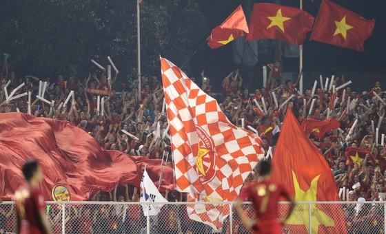 Việt Nam - Indonesia 3-0: Hoàn tất giấc mơ vàng 60 năm ảnh 7