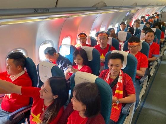 Việt Nam - Indonesia 3-0: Hoàn tất giấc mơ vàng 60 năm ảnh 2