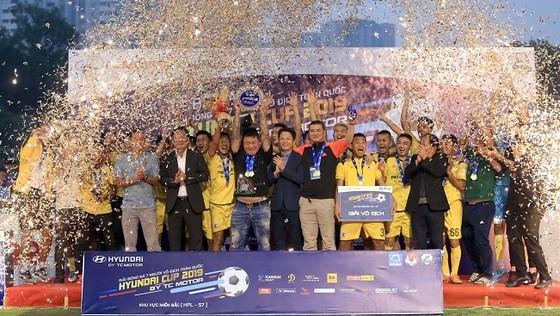 150 triệu đồng cho đội vô địch giải bóng đá 7 người vô địch toàn quốc 2019 ảnh 1