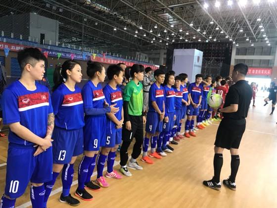 Đội tuyển futsal nữ Việt Nam sang Thái Lan tập huấn ảnh 1
