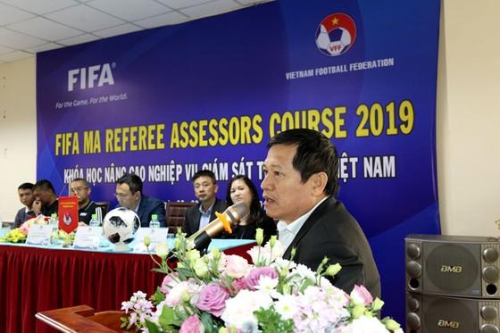 Các giám sát trọng tài Việt Nam dự khóa học nâng cao ảnh 1