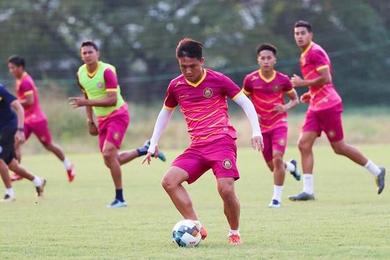 Một buổi tập gần đây của CLB Sài Gòn nhằm chuẩn bị cho mùa bóng mới. Ảnh: SGFC