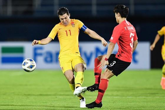 U23 Hàn Quốc (áo đỏ) có chiến thắng nhọc trước các cầu thủ Trung Quốc. Ảnh: AFC