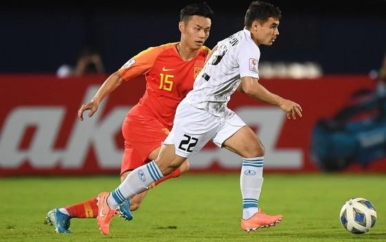 Cổ động viên lo lắng cho tương lai của bóng đá Trung Quốc ảnh 1
