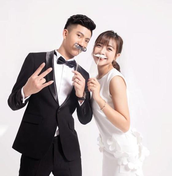 Quả bóng Đồng Phan Văn Đức rạng ngời trong ngày cưới ở Nghệ An  ảnh 2