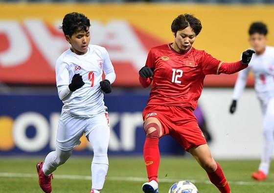 Vạn Sự đưa tuyển nữ Việt Nam đi tiếp ở vòng loại Olympic 2020 ảnh 1
