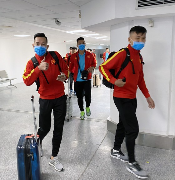 Đội tuyển fustal Việt Nam tập buổi đầu tại Tây Ban Nha ảnh 1