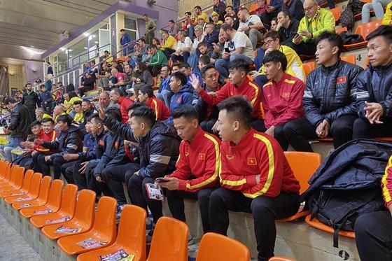 ĐT futsal Việt Nam thả lỏng và thư giãn cuối tuần ảnh 2
