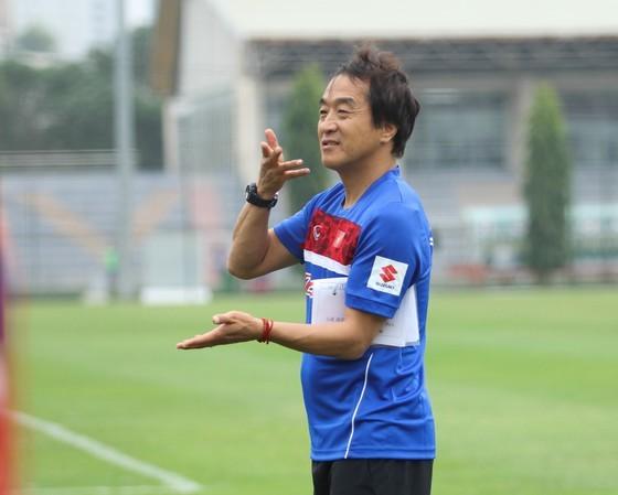 Trợ lý Lee Young-jin