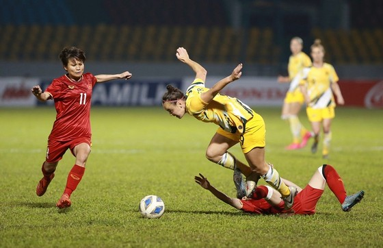 ĐT nữ Việt Nam - Australia 1-2: Đôi bên cùng hài lòng ảnh 2