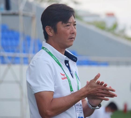 """HLV Lê Huỳnh Đức: """"Không có khán giả, cầu thủ ra sân chả có động lực gì"""" ảnh 1"""