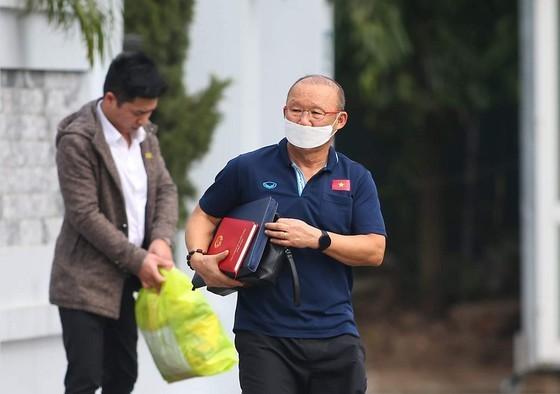 HLV trưởng Park Hang-seo tiếp tục đồng hành cùng chiến dịch phòng chống Covid-19 ảnh 1