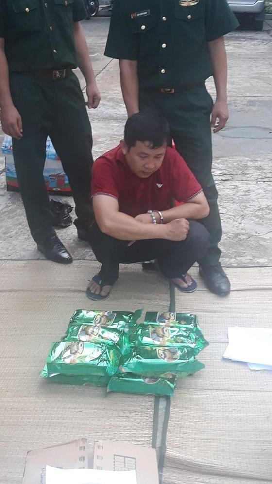 Đặc nhiệm Biên phòng miền Nam bắt đường dây ma túy lớn tại Long An ảnh 1