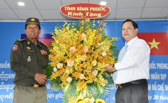 Thắt chặt tình hữu nghị Việt Nam-Campuchia ảnh 5