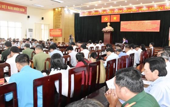 Trên 50 cán bộ công chức huyện Hóc Môn bị kỷ luật vì sai phạm trong lĩnh vực đất đai, xây dựng ảnh 1