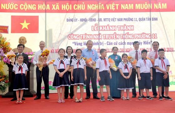 Phó Thủ tướng Trương Hòa Bình dự lễ khánh thành Nhà truyền thống 'Huyền thoại vùng lõm Bảy Hiền' ảnh 7
