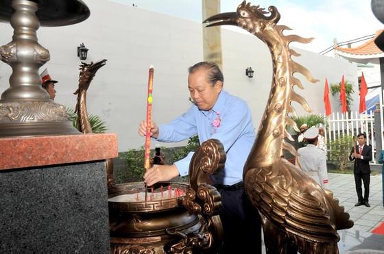 Phó Thủ tướng Trương Hòa Bình dự lễ khánh thành Nhà truyền thống 'Huyền thoại vùng lõm Bảy Hiền' ảnh 2