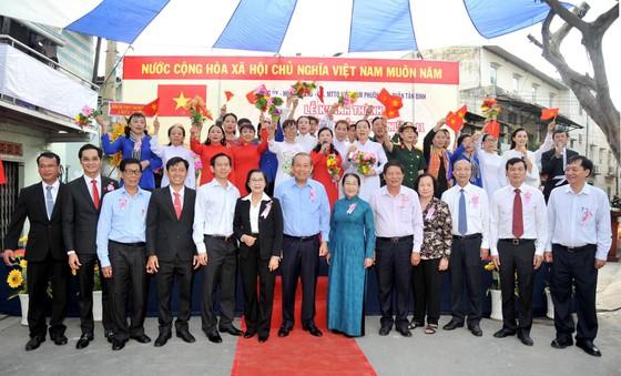 Phó Thủ tướng Trương Hòa Bình dự lễ khánh thành Nhà truyền thống 'Huyền thoại vùng lõm Bảy Hiền' ảnh 8