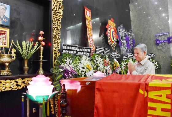 Lễ viếng phi công huyền thoại Nguyễn Văn Bảy ảnh 8