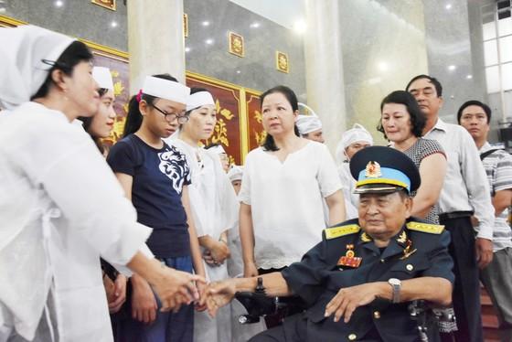 Lễ viếng phi công huyền thoại Nguyễn Văn Bảy ảnh 11