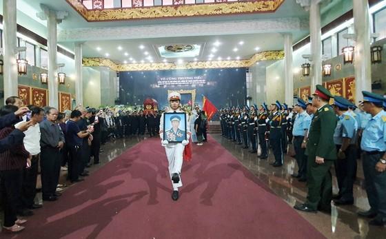 """Tiễn đưa """"anh hùng chân đất"""" Nguyễn Văn Bảy về quê nhà Lai Vung ảnh 2"""
