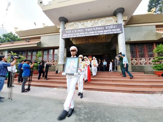 """Tiễn đưa """"anh hùng chân đất"""" Nguyễn Văn Bảy về quê nhà Lai Vung ảnh 3"""