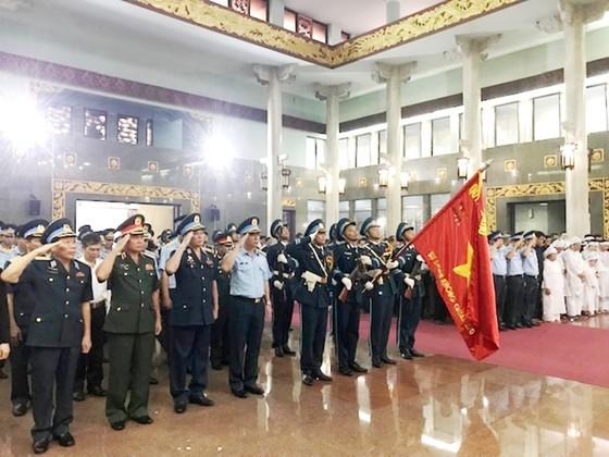 """Tiễn đưa """"anh hùng chân đất"""" Nguyễn Văn Bảy về quê nhà Lai Vung ảnh 1"""
