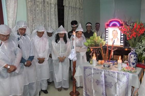 """Nhân sĩ Nguyễn Hữu Hạnh đã an nghỉ nơi quê hương """"Đất thép thành đồng"""" ảnh 3"""